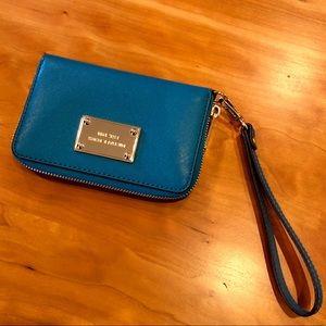 Michael Kors 'Jet Set' Leather Wristlet- Blue